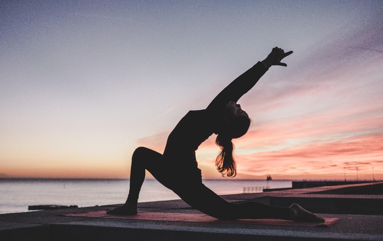 5 Způsobů, jak jóga prospívá vašemu duševnímu zdraví